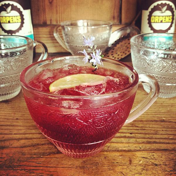 2.-Orpens-Teacup